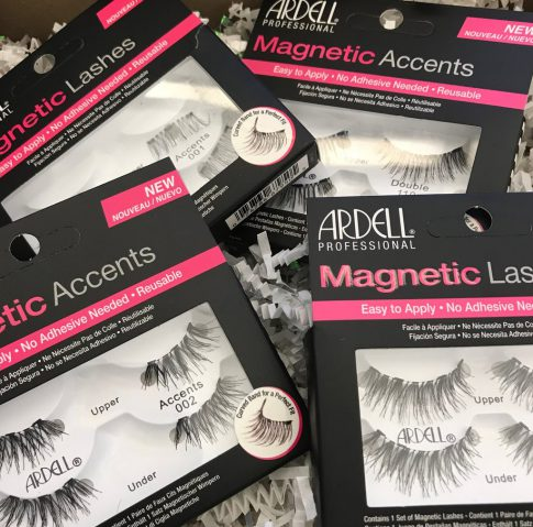 Magnetic Fake Lashes?! Try these 'Fake It' Beauty To Snap Up Your